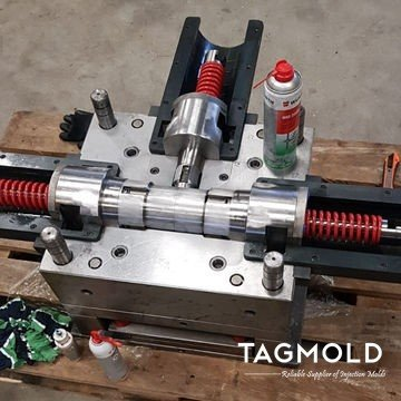 Pipe-fitting-Mold-maintenance-TAGMold