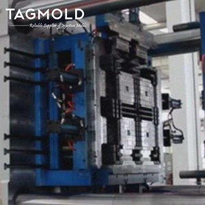 Industrial plastic tray mould producing